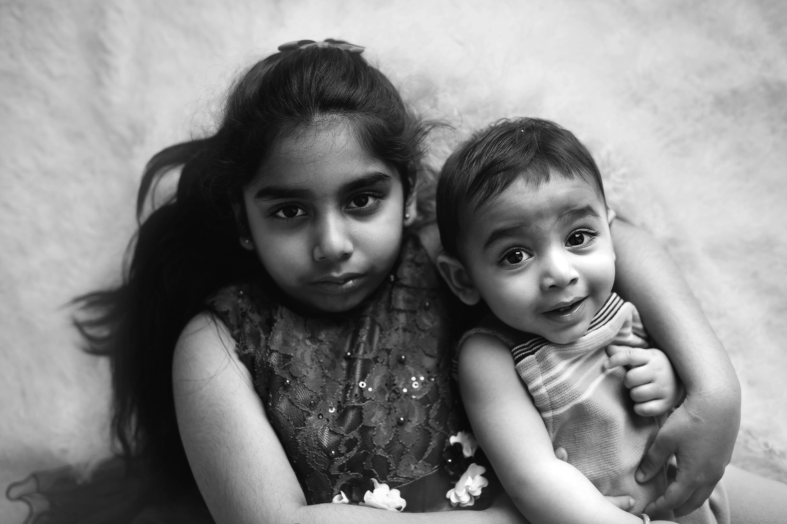 brother_and_sister_photograph
