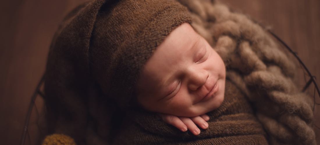 Newborn photography in brown colors